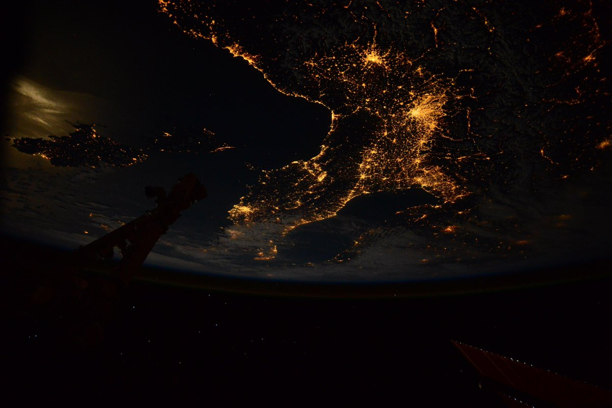 And finally... one last picture of #Italy by night