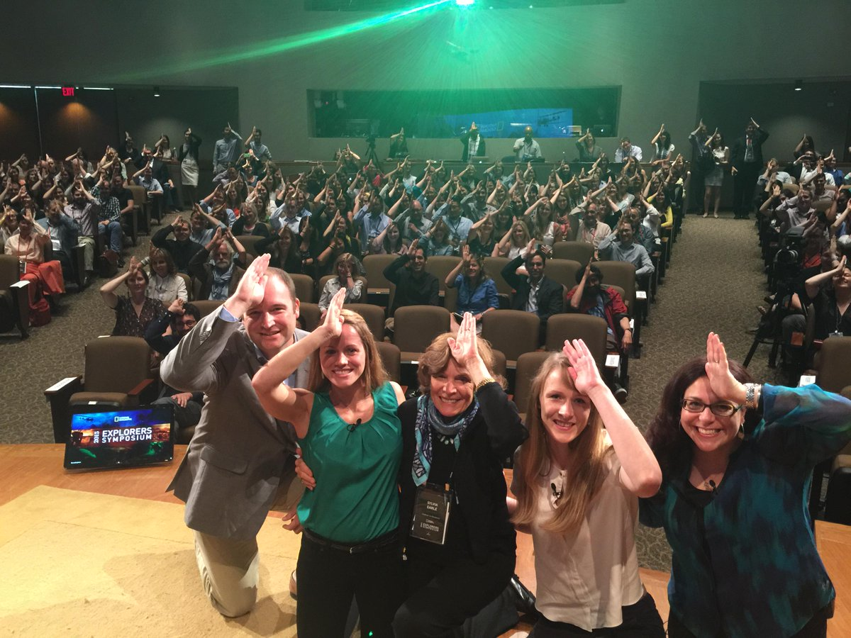 Shark selfies on stage to show support for Jessica's conservation efforts (featuring @SylviaEarle)! #LetsExplore http://t.co/Nl5eUahTjc