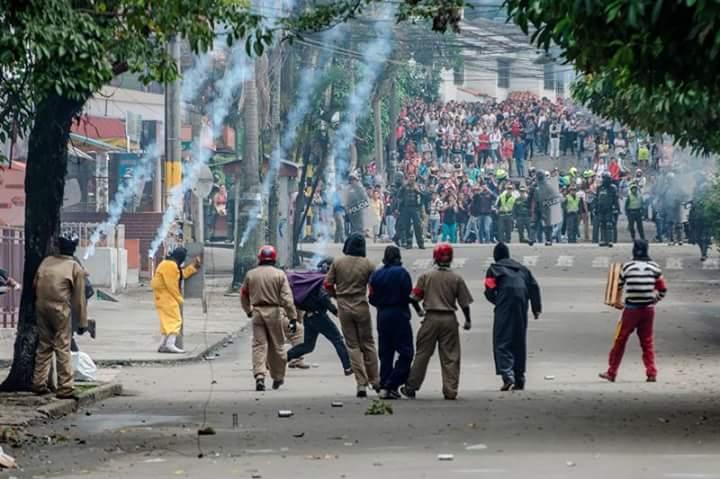 Fuertes enfrentamientos en UdeA y UTolima por conmemoración del día del Estudiante caído