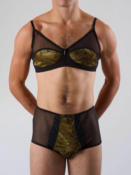 Wearing ladies knickers men Underwear fetishism