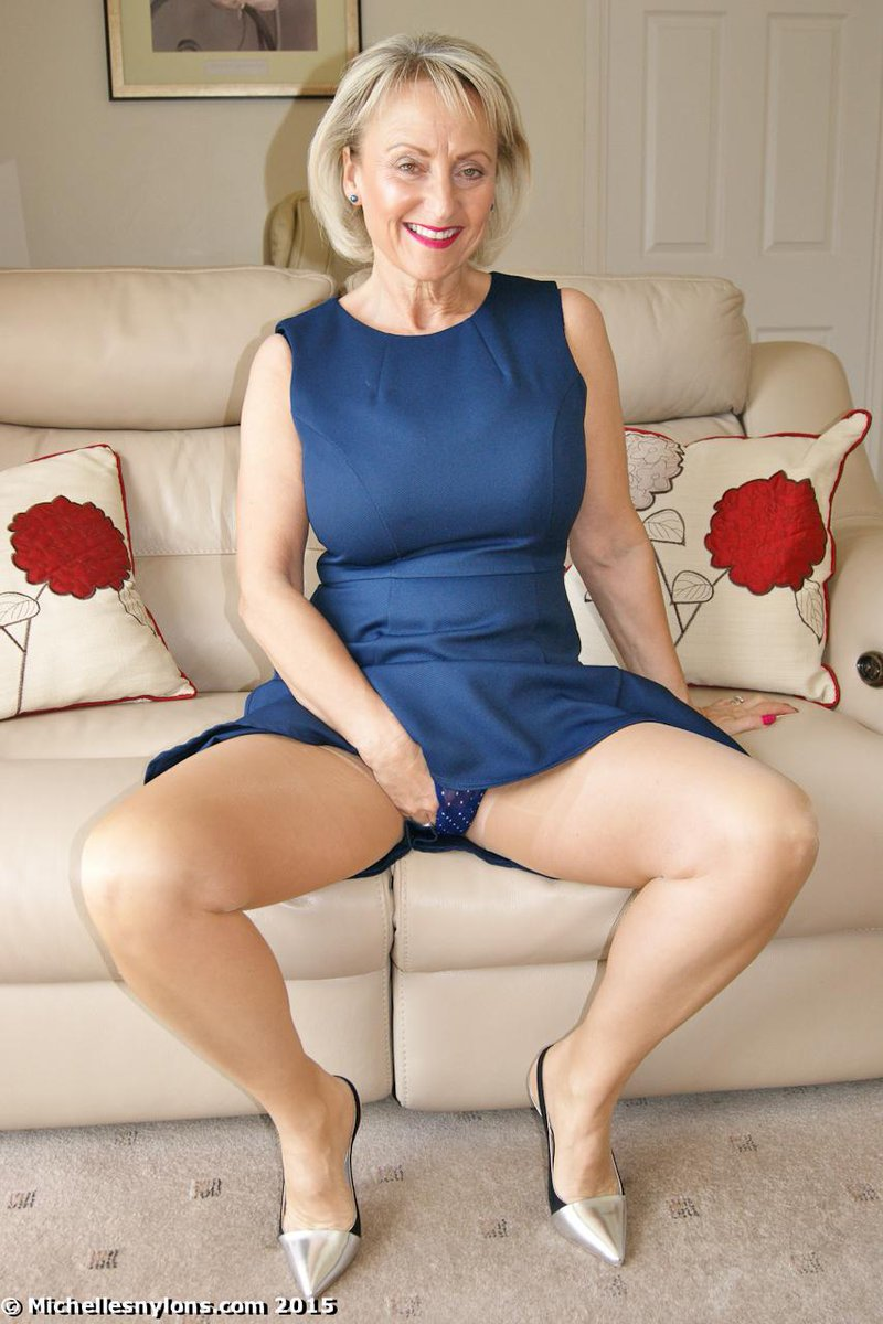 Mature woman shows her