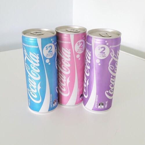 CocaCola Limited Edition🌴🌈夏限定カラーのコカ・コーラ😎💕日本でも発売してほしい🇯🇵✨ pic.twitter.com/bqjoiYRWEB