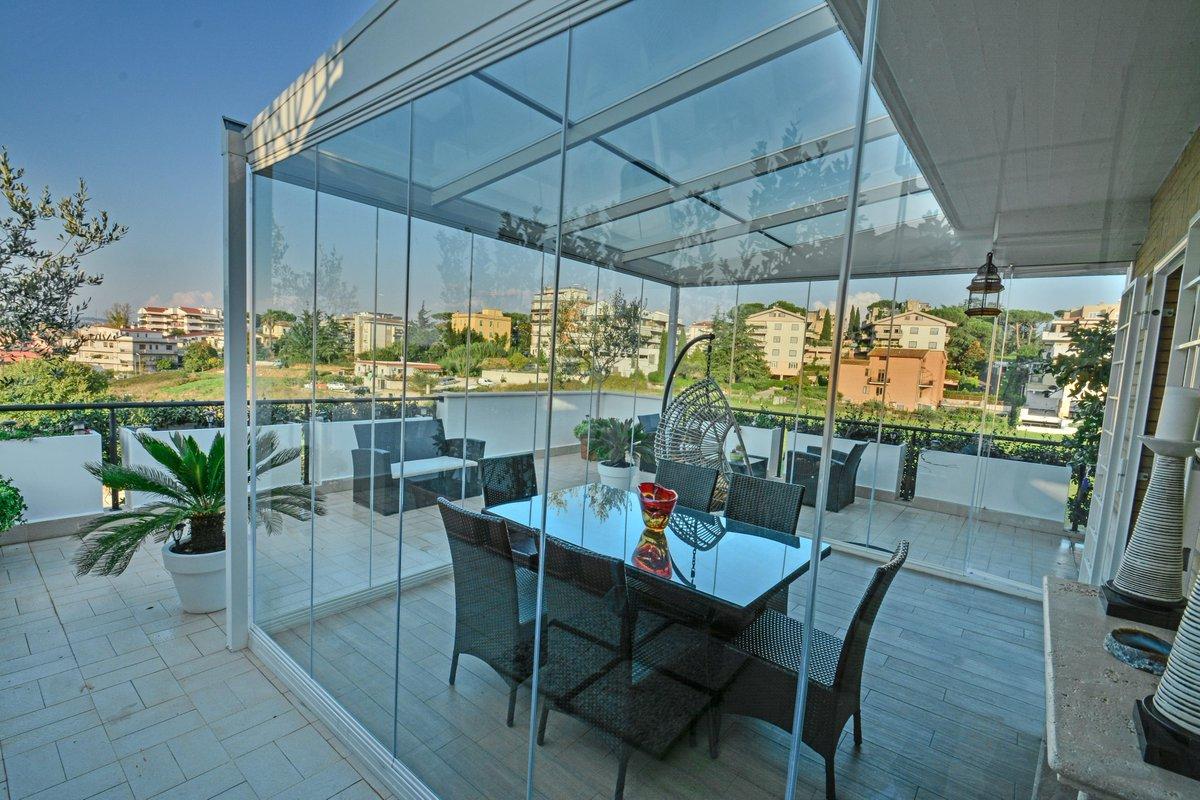 Emejing Chiusura Terrazzo Ideas - Idee Arredamento Casa - hirepro.us