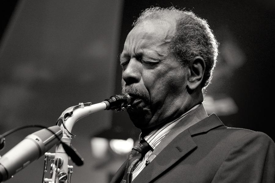 This morning, we lost Jazz pioneer Ornette Coleman. A true great.  #RIP http://t.co/ad9tm4GjNE http://t.co/6aInq1d34v