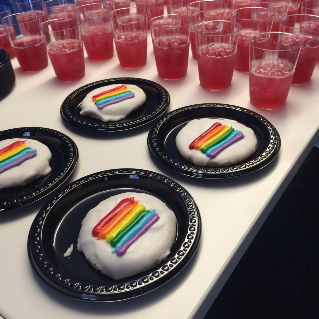 Thrilled to be celebrating the launch of Edelman Equal, our network for LGBT employees and their allies! http://t.co/ldZ4IJR9gx