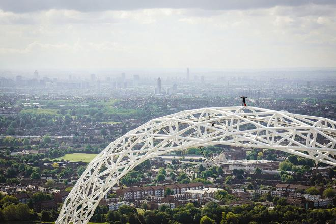 Image of the week: 'Urban adventurer' stands on top of the Wembley Arch >> http://t.co/b3aLj0qqlK http://t.co/hKS9BIzjGd