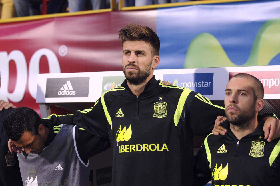Pique Isn't Bothered By Boo Boys