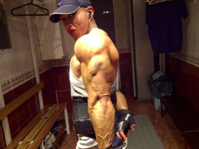 Huge female muscle on twitter ifbb pro virginia sanchez - Virginia sanchez ...