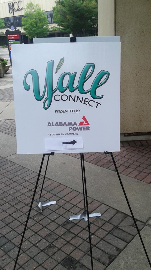 And so it begins   #yallconnect  #SocialBham http://t.co/H6yIPe2KdG