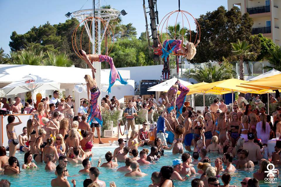 IBIZA SPRAY Dates this Summer @OceanBeachIbiza -28/06/2015 -26/07/2015 -30/08/2015 -27/09/2015  RSVP for bookings http://t.co/YscOruCMgN