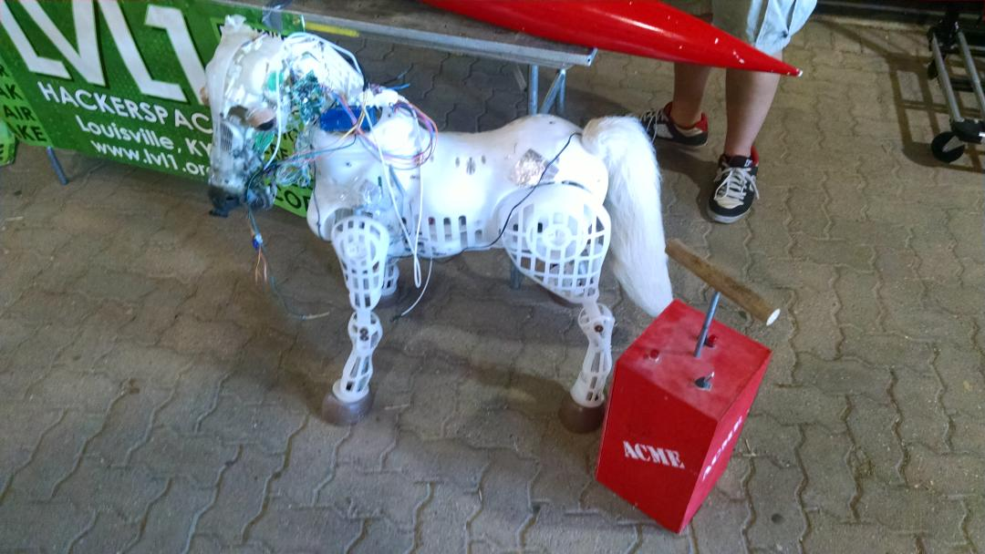 It's a fire breathing pony from @LVL1HackerSpace at @natlmakerfaire! #weekofmaking #nationofmakers http://t.co/DLFzLIm8px