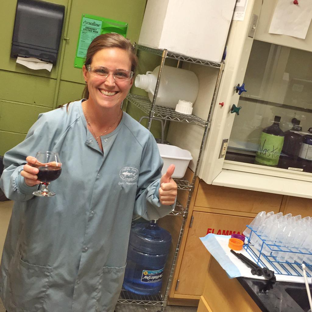 The only thing our lab ladies are falling in love with is tasty beer. #DistractinglySexy http://t.co/fiDDIAjKWr