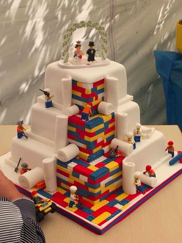 BuzzFeed On Twitter This Incredibly Intricate Lego Wedding Cake Is The Ultimate In Nerd Cool Tco F1zqlPP2F4 LmFQFLSR8J