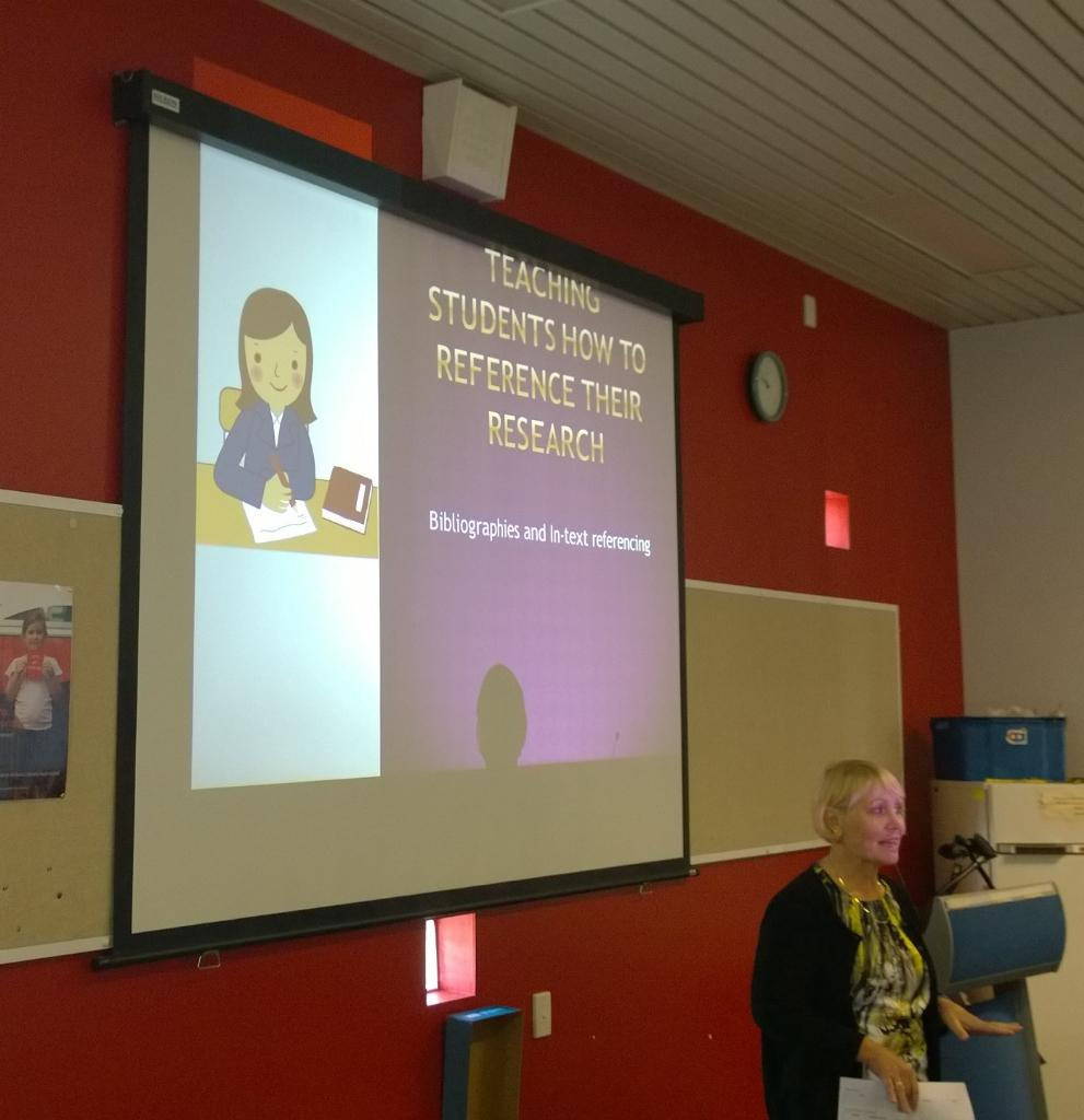Sue talking about annotated bibliographies in Nat Hist Challenge #htawa15 @WA_HTA http://t.co/tx18oIOL8R
