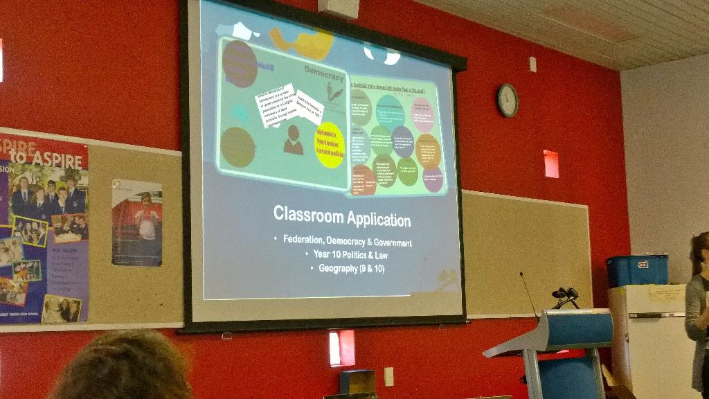 Cassy showing samples in easel.ly Wix Piktochart Canva #htawa15 @WA_HTA http://t.co/1Fmnx7zsI7