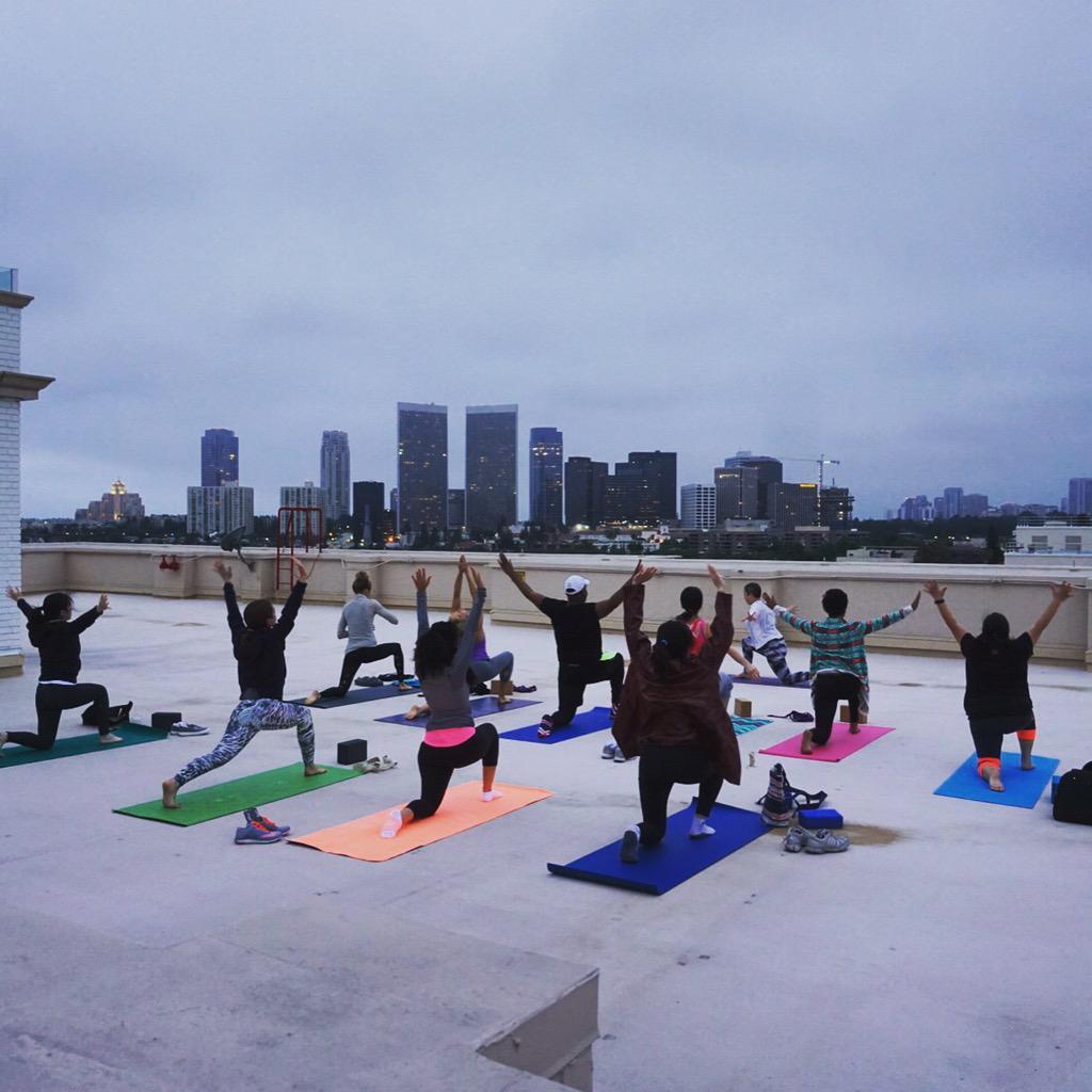 We're kicking off #GlobalWellnessDay with rooftop sunrise #yoga. #FSWellness http://t.co/EPMMJWKP48