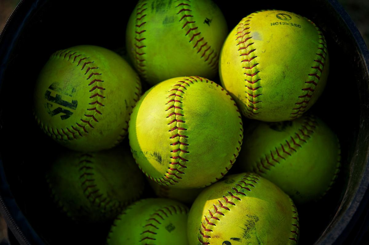 Happy #WorldSoftballDay! http://t.co/h7A5EPXXyS