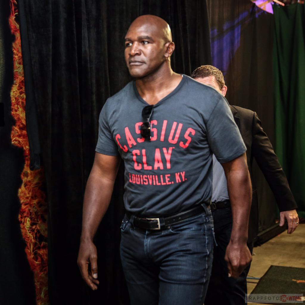 """""""the Real Deal"""" @holyfield Is In The House Tonight"""