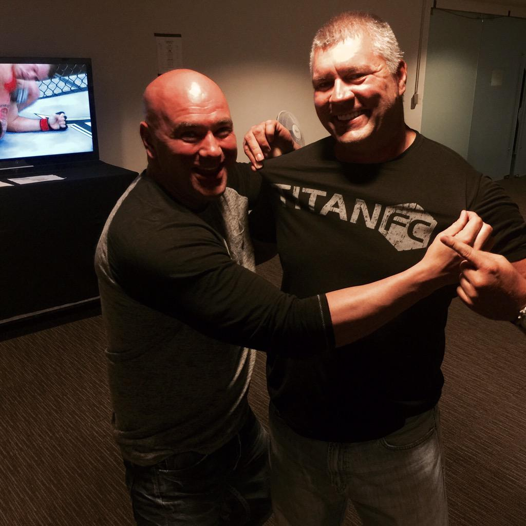 Nothing to see here, or is there? Big news coming thanks to @danawhite & @danawhite - @titanfighting @jeffaronson http://t.co/zBT6tqepwW