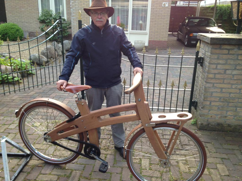 Houten fiets bij 50 DF 4 Daagse