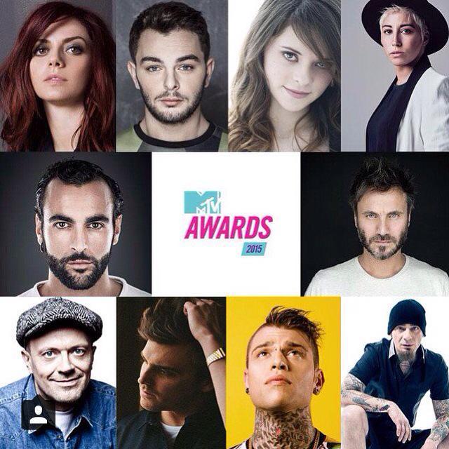 MTV Awards -Firenze 14.06.2015 CHcsjOKWcAAiy_W