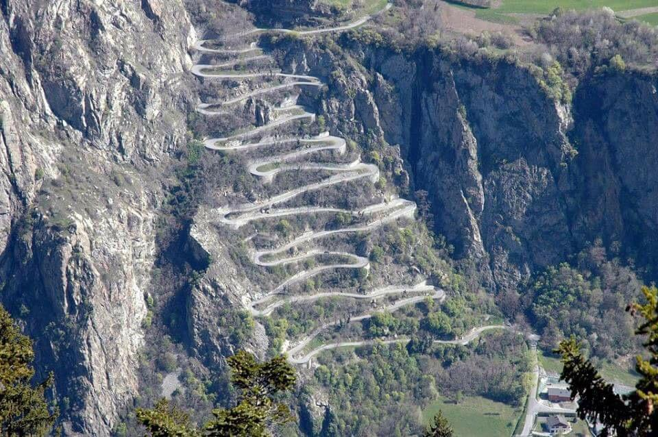 Looks like today's climb at the #Dauphine is gonna hurt. #bikepure http://t.co/V2tWzVkdT4