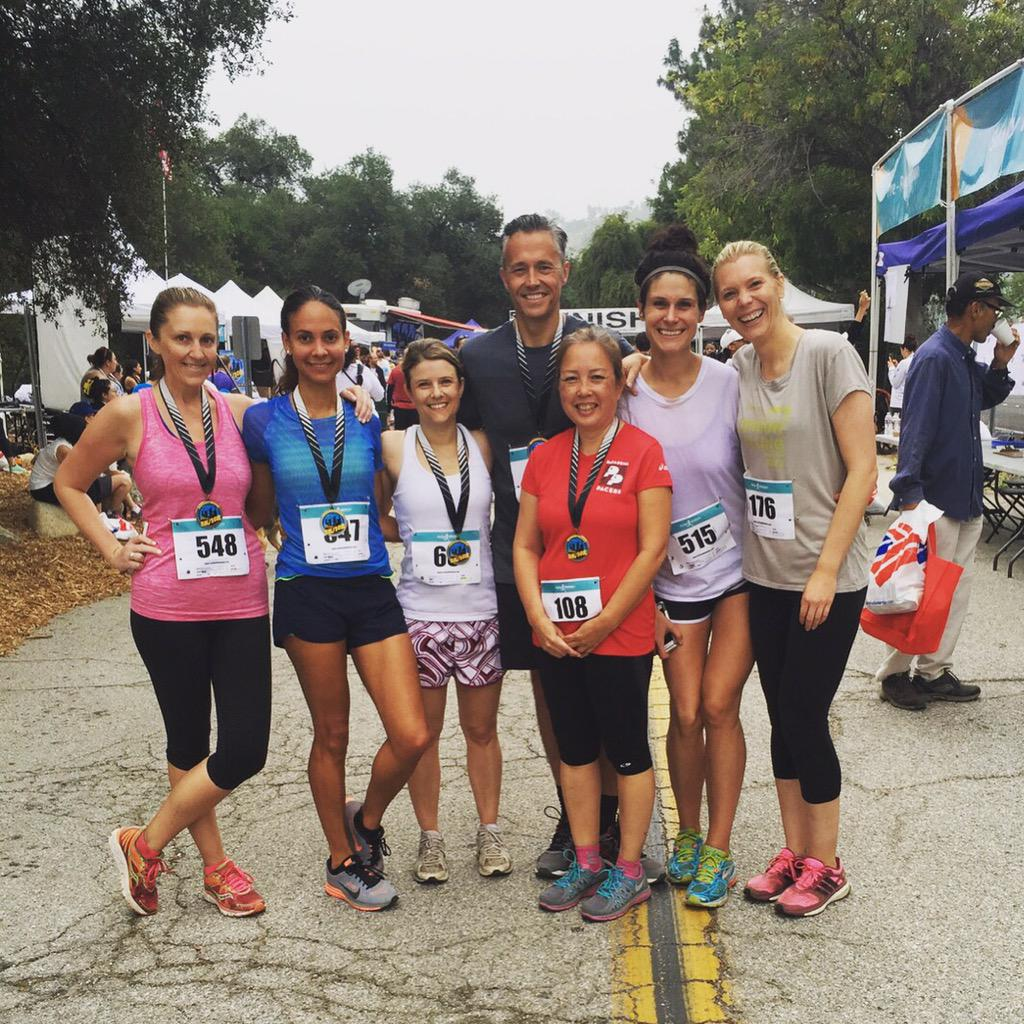 """Team #BWFamily continuing our #FSWellness initiatives at this morning's @MidniteMission annual """"Run for Recovery""""! http://t.co/BofZnUZHKj"""