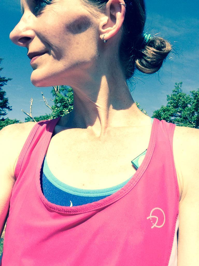 Alicia Eno in OnlyAtoms running gear