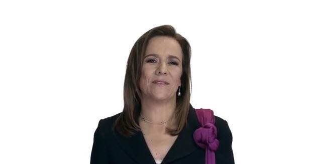 Margarita Zavala se destapa como candidata presidencial http://t.co/ltOnRDJZge http://t.co/ulzrmEIC5y