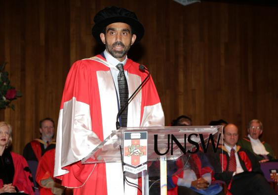 Adam Goodes awarded #UNSW's highest honour; an honorary Doctor of Letters: http://t.co/BOJ7ioHM5Y http://t.co/U4irvVy4WY