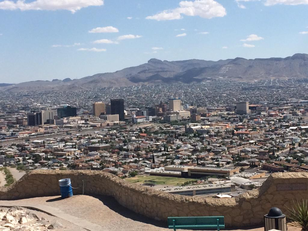 Hard to know where El Paso, USA, ends, and Juarez, Mexico, begins. Until you find the fence.  #ny6bordertrip http://t.co/mP7EyPQVbO