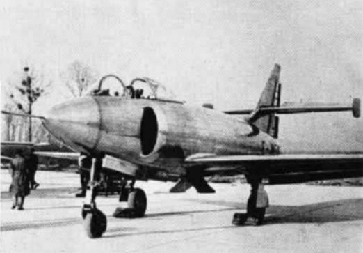 NC.1080(フランス) SNCACの出資で開発された艦戦。1950年の試験飛行で「原因不明の墜落事故」が起きて計画は直ぐに破棄された。まぁそんなワケあり物件に搭乗したくはないよね。