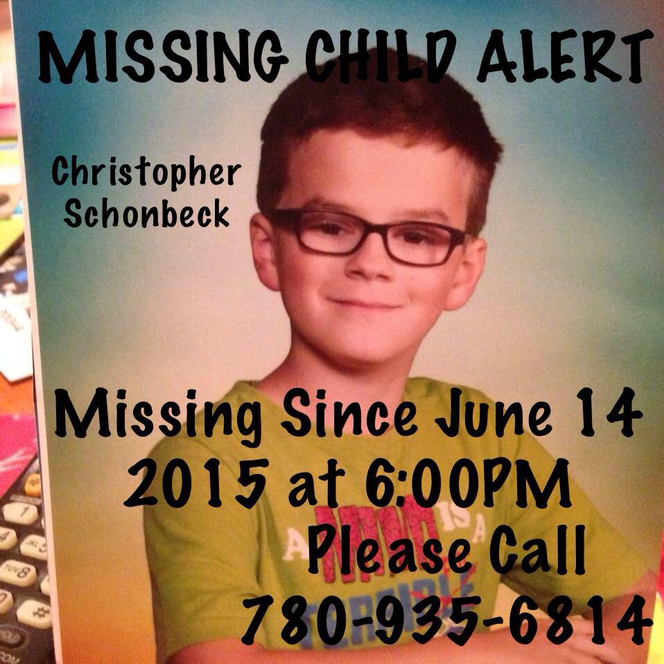 **MISSING CHILD IN NORTH EDMONTON** #yeg #Missing Please RT. http://t.co/ye4RW2mryd http://t.co/ApA0y7vsBX http://t.co/HphdejOAoc