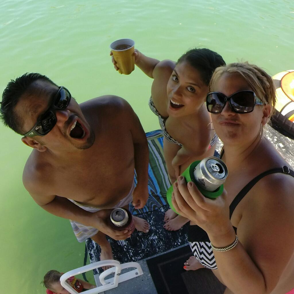 Out of control with these two! #havasu http://t.co/W6mkf1jvdO