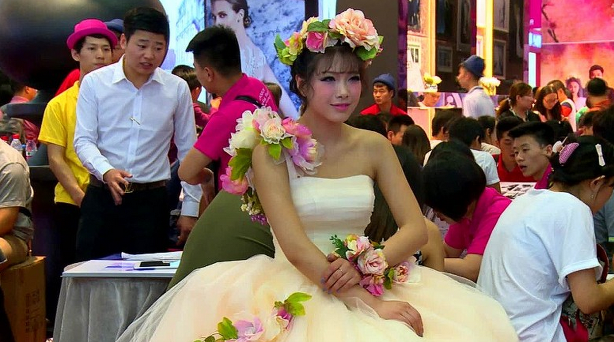 chinese wedding ceremony essay We will write a custom essay sample on chinese wedding tradition specifically   the wedding ceremony itself is simpler than the preparation.
