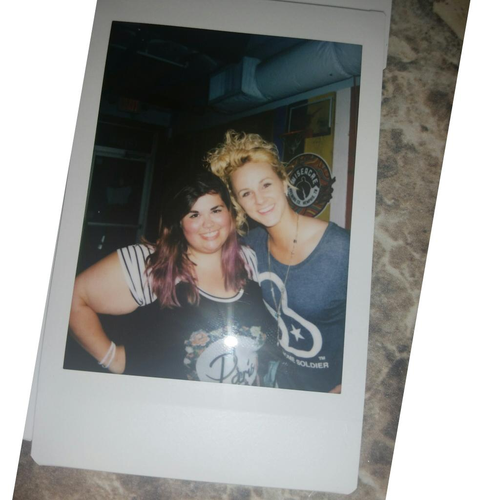 Met this beauty @AdleyStump last year at Fan Fair and randomly ran into her tonight! Such a sweetheart!