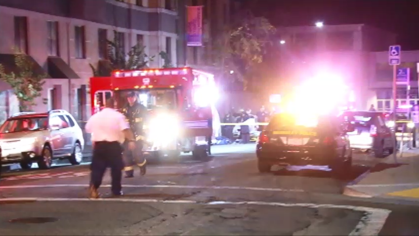 Reports: 5 killed, 8 injured as apartment balcony collapses in Berkeley, Calif. Pic credit: ABC7 http://t.co/Mmw4KuSV5U