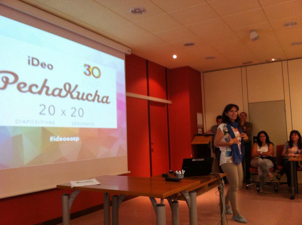 #Pechakucha primaverales de #ideoeasp http://t.co/BHWuxKoKlG de @EASPsalud con Giulia Fernandez http://t.co/yTZqNZsY40
