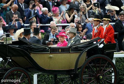 Royal Ascot 2015. CHoCSN_WUAASN4s