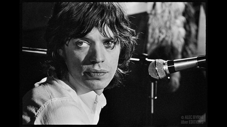 See 11 incredible unseen photos of The @RollingStones live in London, 1971: http://t.co/9F0vSYChDX http://t.co/ACQvJOEDGs