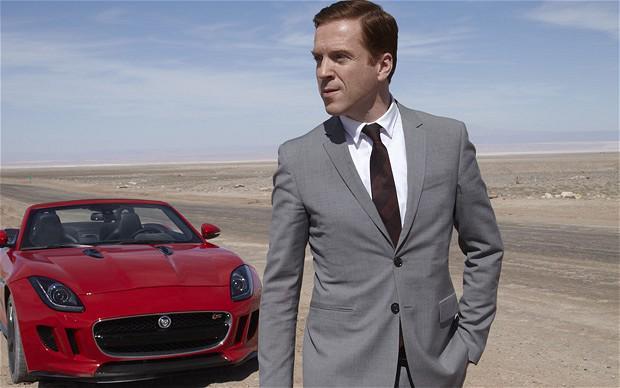My name is Bond, James Bond - Página 2 CHoYd7oWoAAfZi-