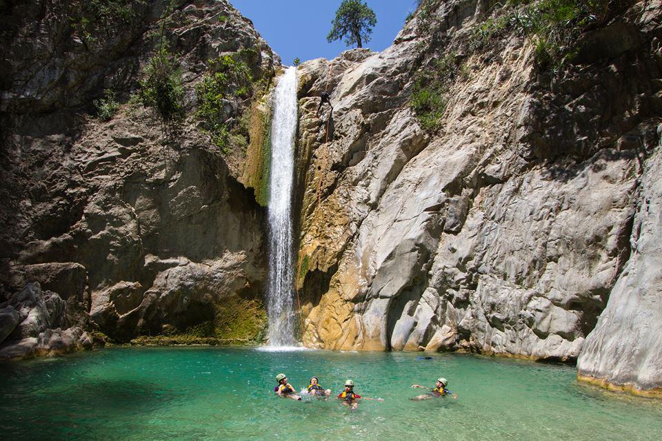 ¿Ya listos para el #verano? ¡Nuevo León te espera en los mejores cañones acuáticos de México! http://t.co/bavfNchpGj
