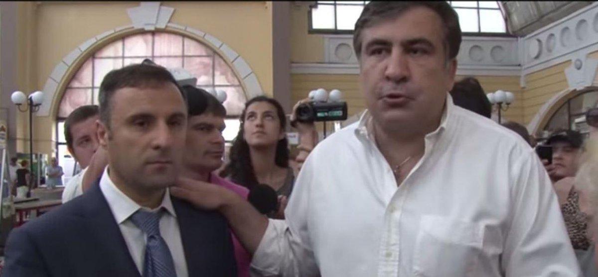 Как Саакашвили представлял нового начальника милиции на Привозе (видео)