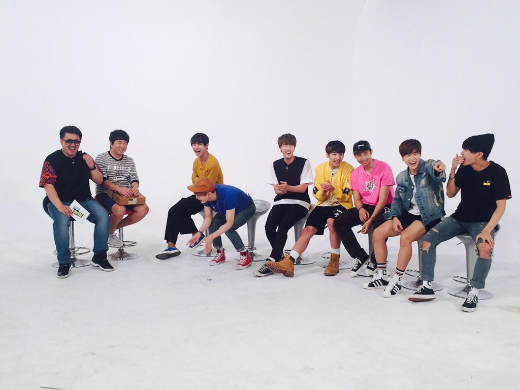 Picture] BTS at Weekly Idol Twitter [150617] |