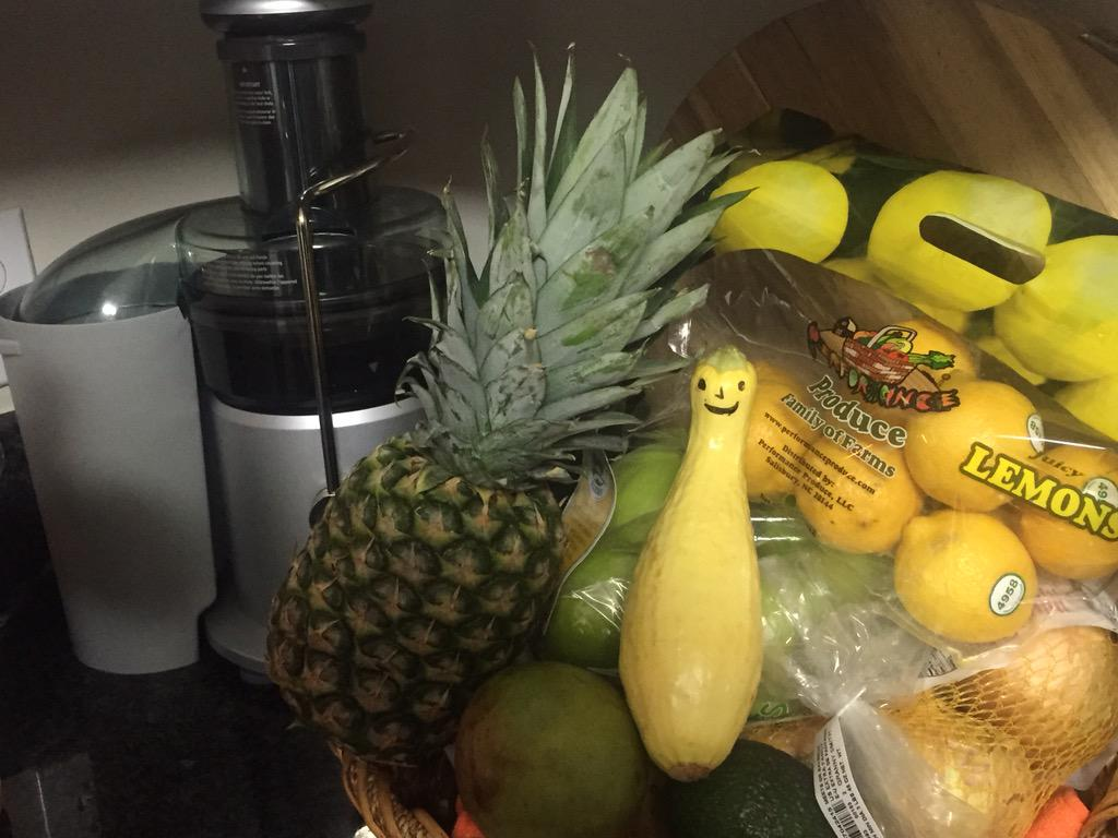 #Juicing ready for 7 day cleanse. For motivation I put a smile on a squash. http://t.co/q2l7nF0xfl
