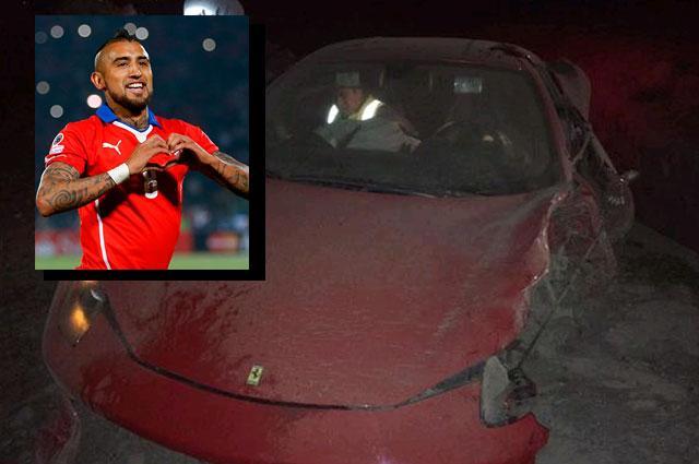 FOTO Incidente stradale Vidal (Juventus): guidava sotto effetto di alcol la sua Ferrari, arrestato
