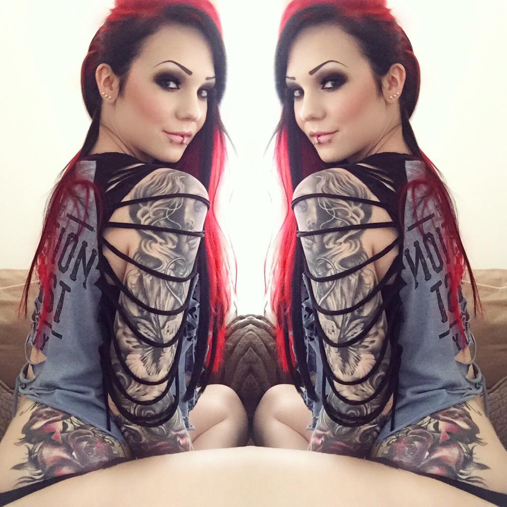 Starfucked  - 💋✌🏼️ girls twitter @StarfuckedModel redhair,redhead,alternative,girl,altmodel