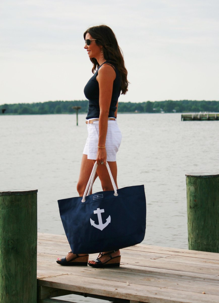 Skipper Bags On Twitter Our Large Anchor Tote In Classic Navy And White Wenevergooutofstyle Nauticaltote Summer2017 Http T Co Aj5bmi94hp