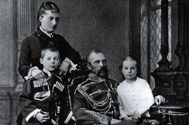 Александр и Долгорукова