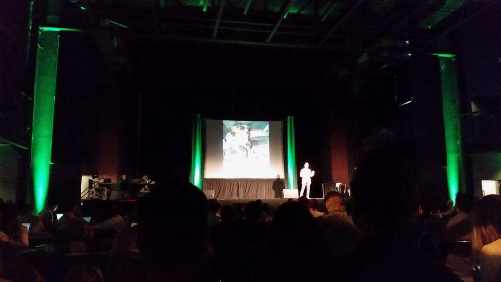 Watching the @HuntingLocator pitch at @techstars http://t.co/PKlIRhiUnp